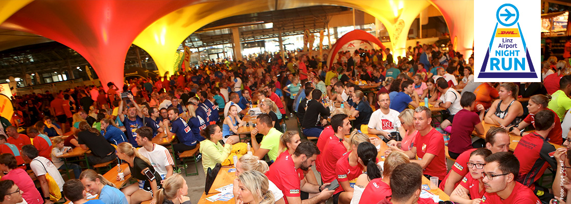 Eventlocation DHL Linz Airport NIGHT RUN mit Tausenden Leuten